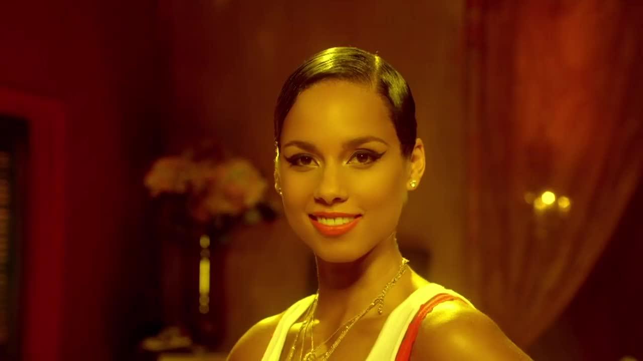 Alicia Keys, flirt, Girl on Fire GIFs