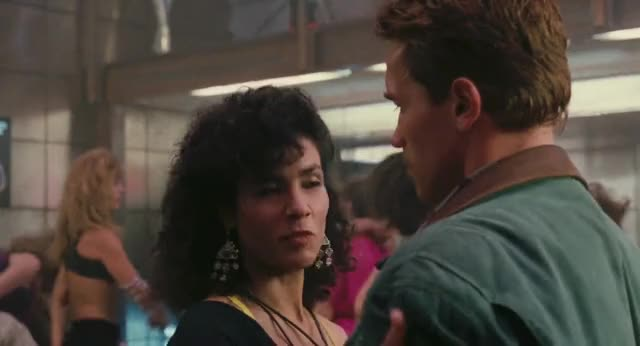 Watch Total recall  GIF on Gfycat. Discover more Arnold Schwarzenegger, Comedy, Total Recall, celebs GIFs on Gfycat