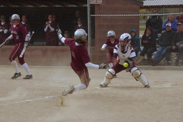 Watch and share Umsoftballmunoz - Um+softball+1791-MOTION.gif GIFs on Gfycat
