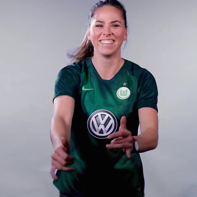 Watch and share 7 Steamboat 1 GIFs by VfL Wolfsburg on Gfycat