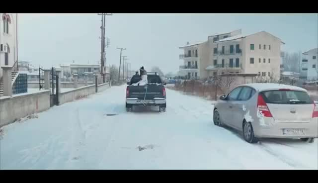 Watch and share Snowboard Στο Δρόμο! GIFs on Gfycat