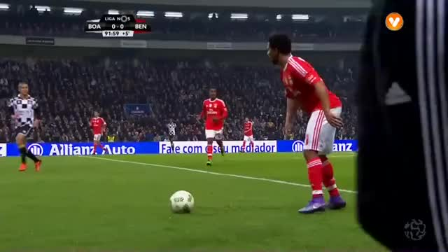 Watch and share Boavista GIFs and Benfica GIFs by rubenffc on Gfycat