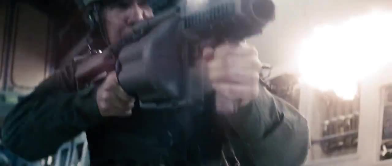 fight, man of steel, superman, Man of Steel - Crash of the ship with Faora-Ul GIFs
