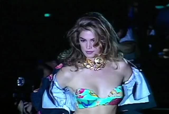 Watch this cindy crawford GIF by The GIF Farmer (@giffarmer) on Gfycat. Discover more 90's, bikini, cindy, cindy crawford, crawford, hot, model, sexy, supermodel GIFs on Gfycat