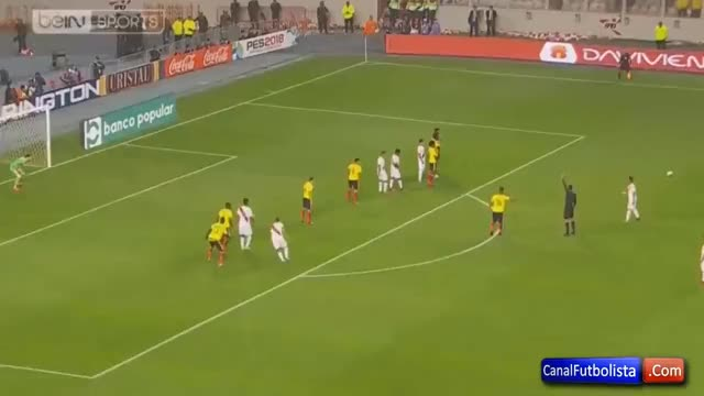 Watch and share Perú 1-1 Colombia Gol Paolo Guerrero Eliminatorias Mundial 2017 / 10-10-2017 GIFs on Gfycat