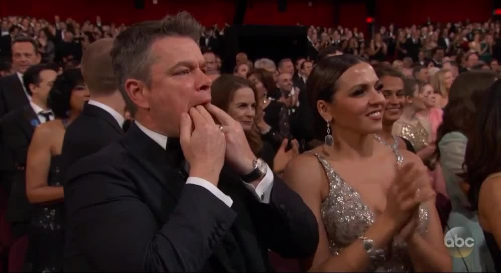 matt damon, oscars, oscars2017, Matt Damon Whistle Clap - Oscars 2017 GIFs