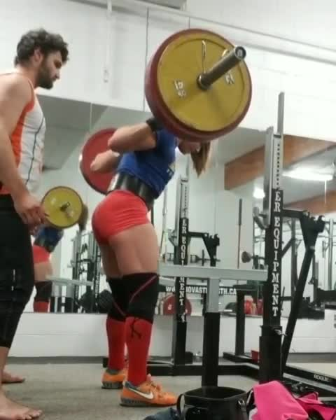 fit, fitness, squat, strong, stronk, Jessica Buettner 441 lb squat attempt GIFs