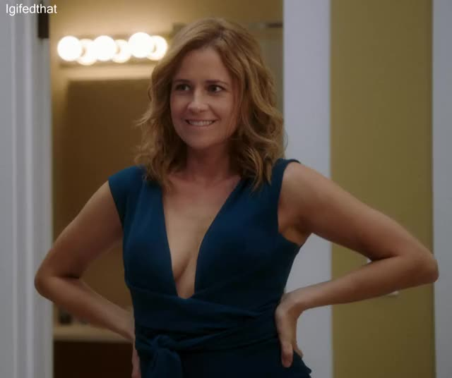 mommy Jenna Fischer is ready for some loving tittyfucking