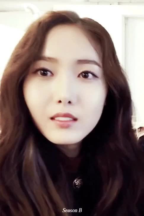 Watch and share Sinb GIFs by Beagle on Gfycat