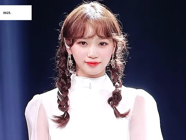 izone, korean girl, izone GIFs