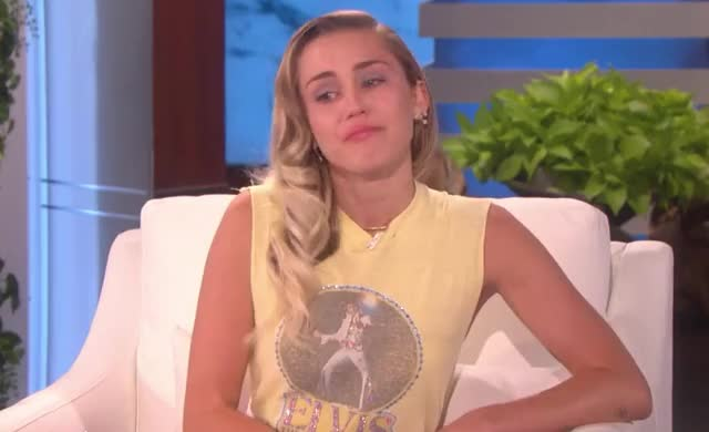 Watch this miley cyrus GIF by GIF Queen (@ioanna) on Gfycat. Discover more GIF Brewery, Miley Cyrus, alright, cute, cyrus, disappointed, ellen, emo, emotional, miley, ok, right, sad, show GIFs on Gfycat
