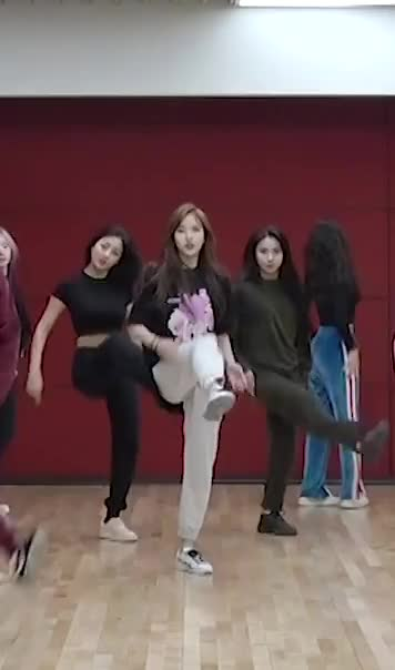 Watch this dancing GIF by Blueones (@blueones) on Gfycat. Discover more dancing, kpop, mina, twice GIFs on Gfycat