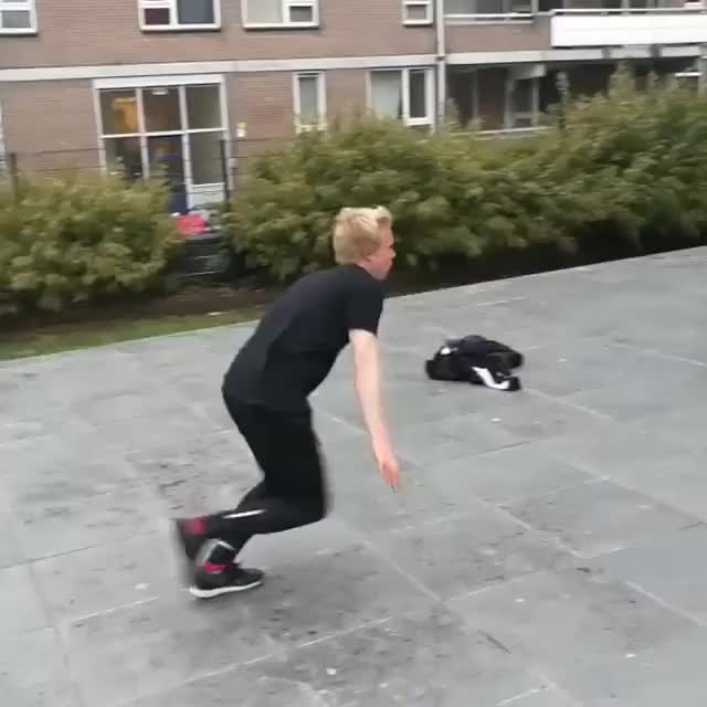 Watch Video by movemendijs GIF on Gfycat. Discover more related GIFs on Gfycat