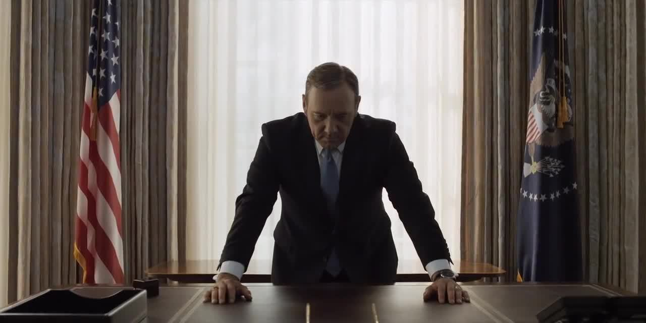DoubleKnock, FrankUnderwood, HouseofCards, Kevin Spacey, Frank giving us the Double Tap GIFs
