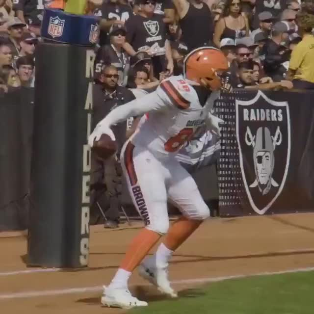 Watch and share Cleveland Brown's Fusion Dance GIFs on Gfycat