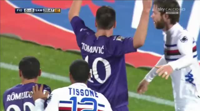 Watch and share Sampdoria GIFs by reids1 on Gfycat