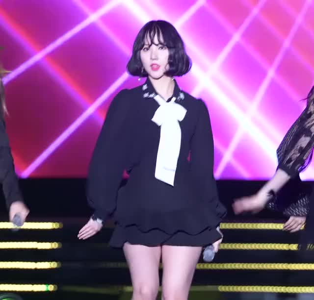 Watch and share Gfriend GIFs and Eunha GIFs by 754754 on Gfycat
