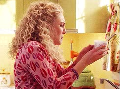 Watch and share My Editions, The Carrie Diaries, Annasophia Robb, Carrie Bradshaw, Tcd GIFs on Gfycat
