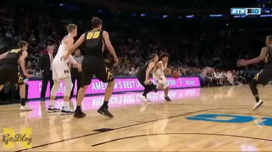 Watch Poole To Wagner GIF by MGoBlog (@mgoblog) on Gfycat. Discover more 2017-18, 2018 Big Ten Tournament, Basketball, Iowa, Jordan Poole, Michigan, Moe Wagner, Moritz Wagner GIFs on Gfycat
