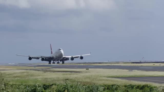 Watch and share Bruno Levionnois GIFs and Boeing 747 GIFs on Gfycat
