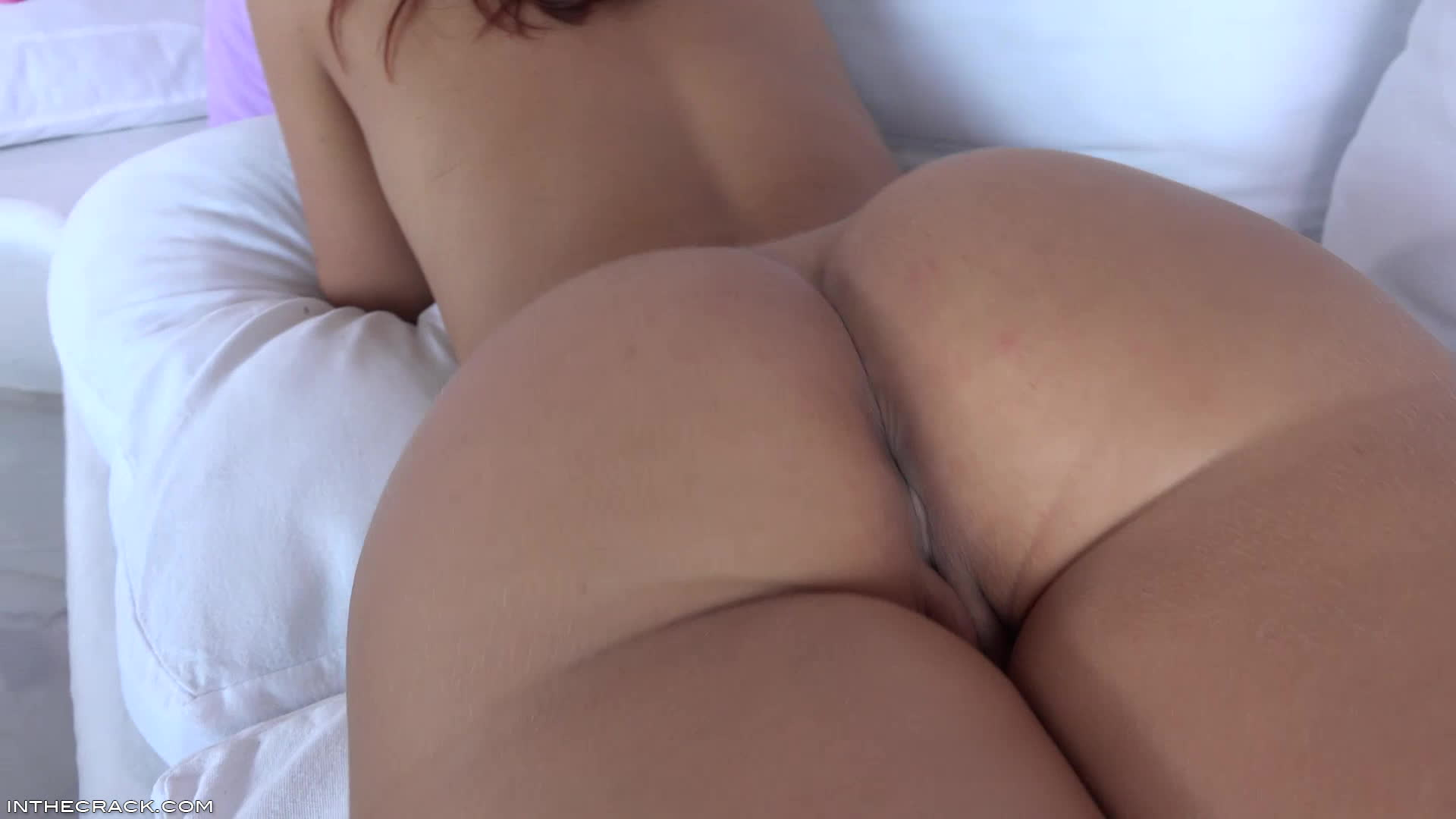 Naked girl jiggly ass gifs, jessica rabbits nude tits