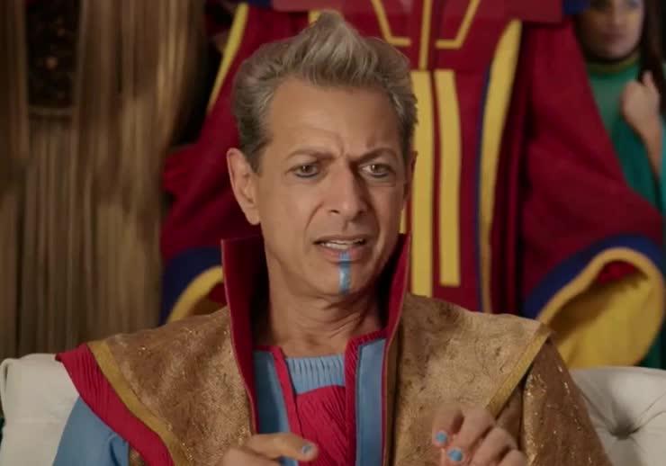 Jeff Goldblum, disgust, ew, god, head, marvel, my, of, oh, omg, ragnarok, superhero, thor, thunder, turn, wait, what, Say whaaaat?! GIFs