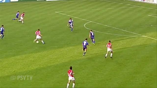 Watch and share Nilis - PSV Cheeky Backheel GIFs on Gfycat