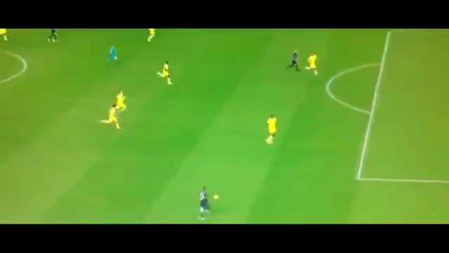Watch and share Zlatan GIFs on Gfycat