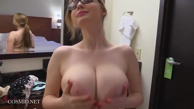 large Amanda Love Love r/JumpyTitsGifs