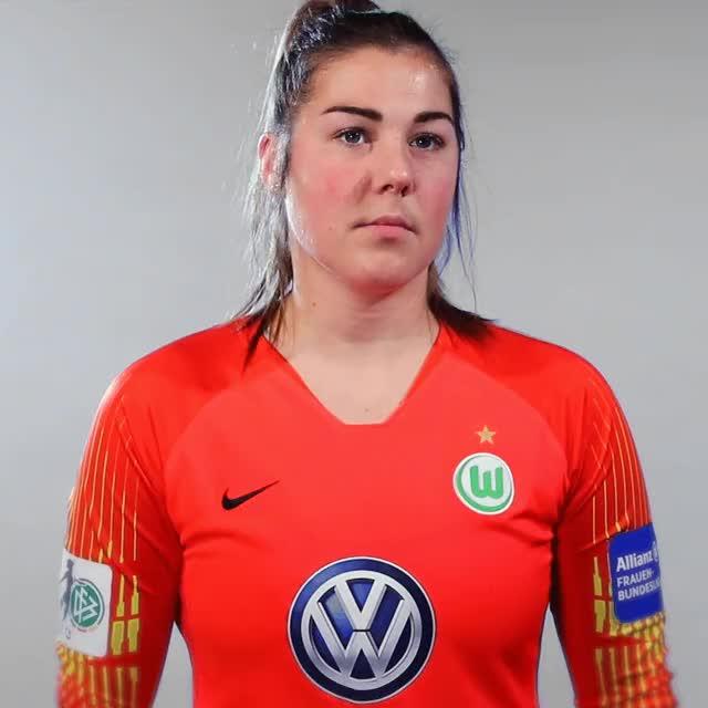 Watch and share 27 Hearnix GIFs by VfL Wolfsburg on Gfycat