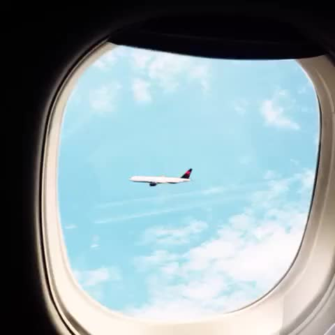 Watch Final approach. GIF by The videobook (@patosins) on Gfycat. Discover more related GIFs on Gfycat