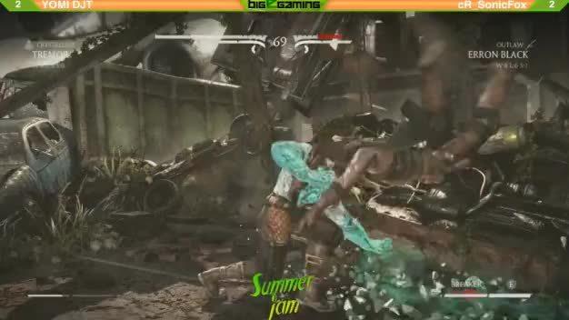 MortalKombat, mortalkombat, Here is the bug that happened to DJT's tremor. (reddit) GIFs