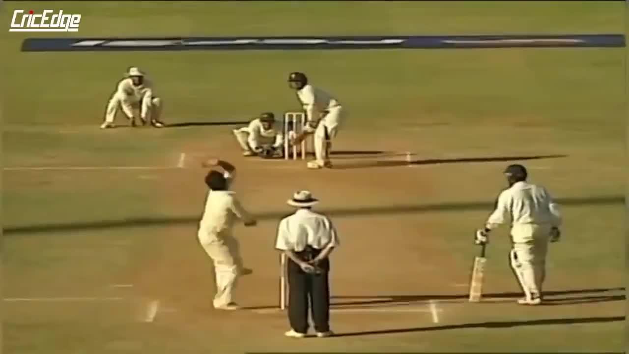 cricket, sports, SRT_choke GIFs