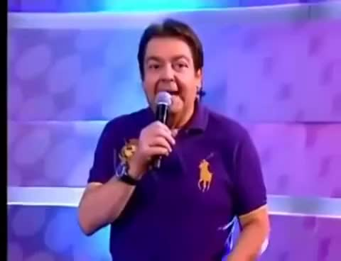 Watch and share Show De Burrice No Domingão Do Faustão GIFs on Gfycat