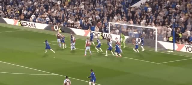 Watch and share Jeff Hendrick Volley Goal Vs Chelsea 18-19 GIFs by FIFPRO Stats on Gfycat