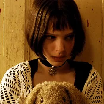 Watch this trending GIF on Gfycat. Discover more leon, leon the professional, luc besson, my gifs, natalie portman GIFs on Gfycat