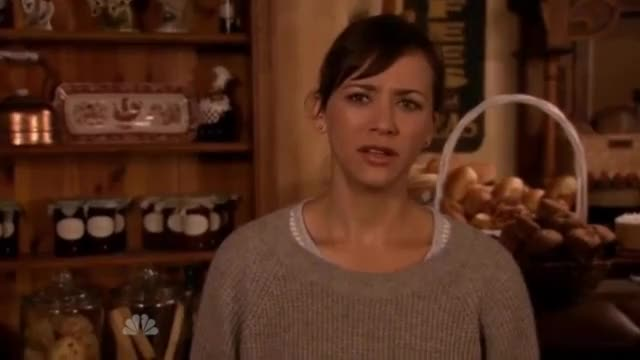 Watch and share Ann Perkins Bye Everybody GIFs on Gfycat