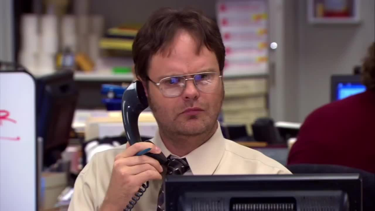 celebs, confused, dwight schrute, rainn wilson, the office, dwight is confused by the machine being sentient. GIFs