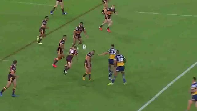 Nrl Return Delivers Payne Haas 80 Minutes And Cruel Vision Of One Man S Five Field Goal Misses Abc News