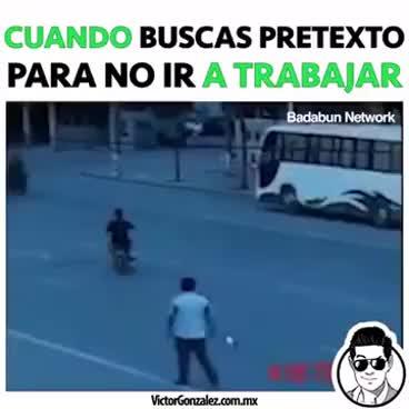 Watch and share Cuando Buscas Un Pretexto Para No Ir A Trabajar GIFs on Gfycat
