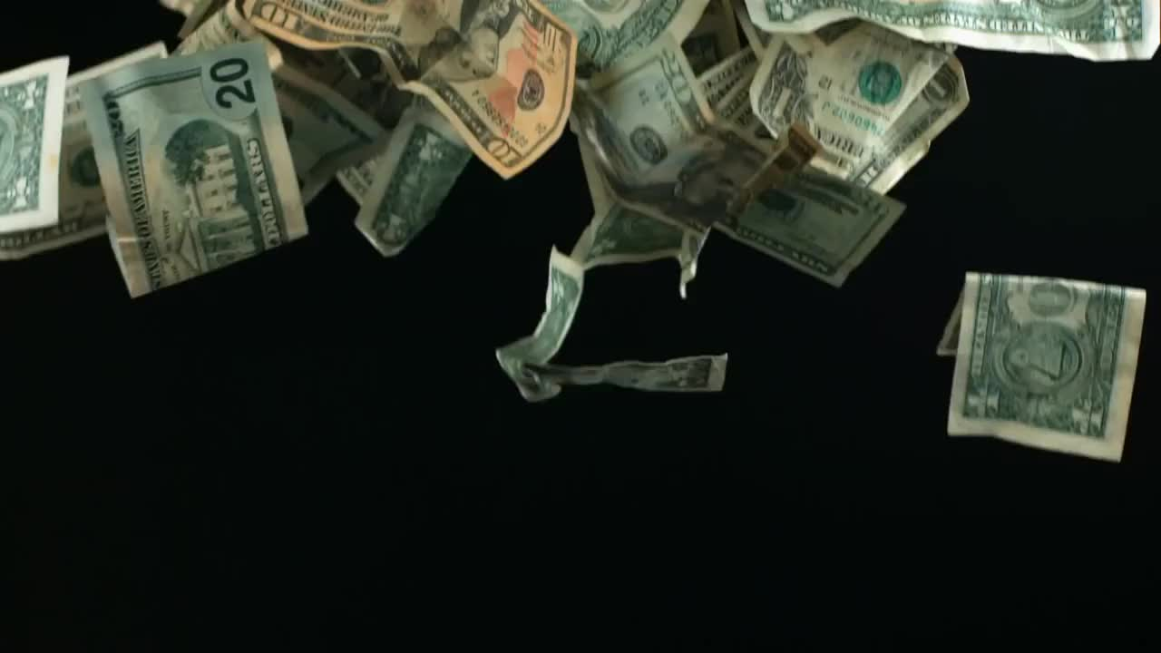 billetes, cayendo, dinero, dolar, dollar, falling, free, hd, make it rain, money, movement, movimiento, naturaleza, nature, rich, rico, videos, slow motion falling money  HD - Dinero cayendo a camara lenta HD GIFs
