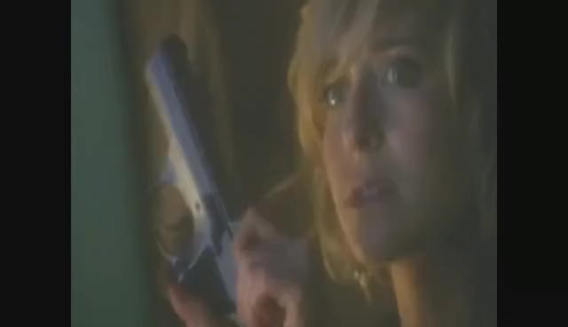 Watch Chloe Sullivan GIF on Gfycat. Discover more Chloe Sullivan, Smallville, Watchtower GIFs on Gfycat