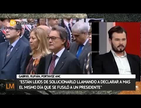 Watch and share 13TV 6 Fatxes Contra Gabriel Rufian GIFs on Gfycat