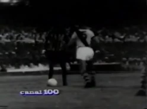 Watch and share O GLORIOSO BOTAFOGO - O Garrincha É O Brasil !!! GIFs on Gfycat
