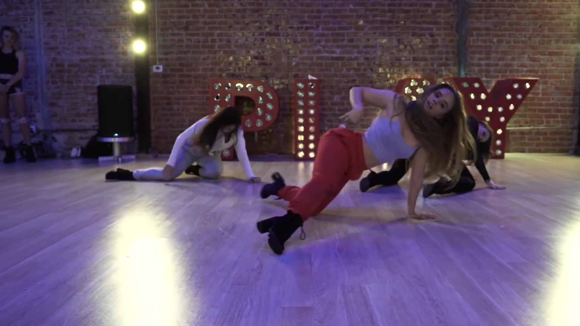 lexeesmith, nicole kirkland, nicole kirkland choreo, Chris Brown -