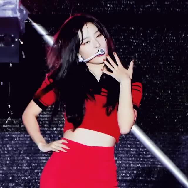 Watch and share Seulgi Pics ♡ 슬기 나비야 - She's Adorable GIFs on Gfycat