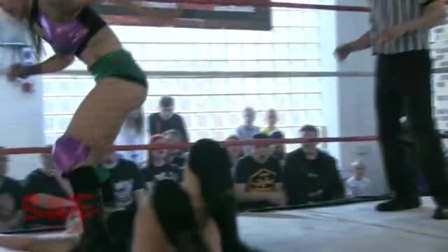 Watch Nixon Newell Canadian Piledriver GIF on Gfycat. Discover more SquaredCircle GIFs on Gfycat