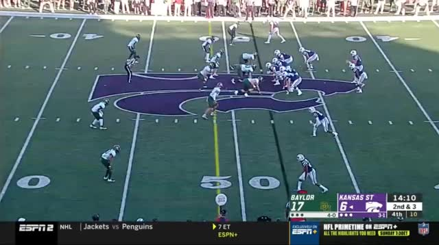 Watch and share Lynch Sack KSU GIFs by vikingscorner on Gfycat