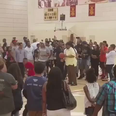 Watch Stevie Wonder shooting a free throw. GIF on Gfycat. Discover more cringeanarchy, gifs GIFs on Gfycat