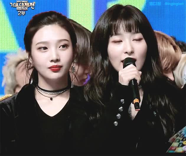 Watch and share Red Velvet GIFs and Celebs GIFs by mb9023 on Gfycat